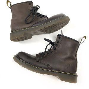 Dr.Martens Kids brown leather Delaney boots